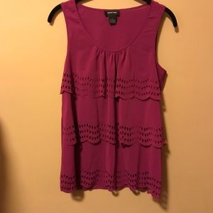 Spense Pink Sz small tank top.